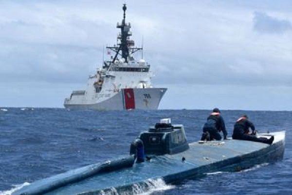 cms_13474/sottomarino_Usa_Foto__US_Coast_Guard_Cutter.jpg