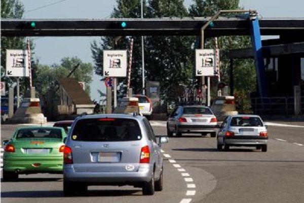 cms_13821/autostrada_casello_fg.jpg