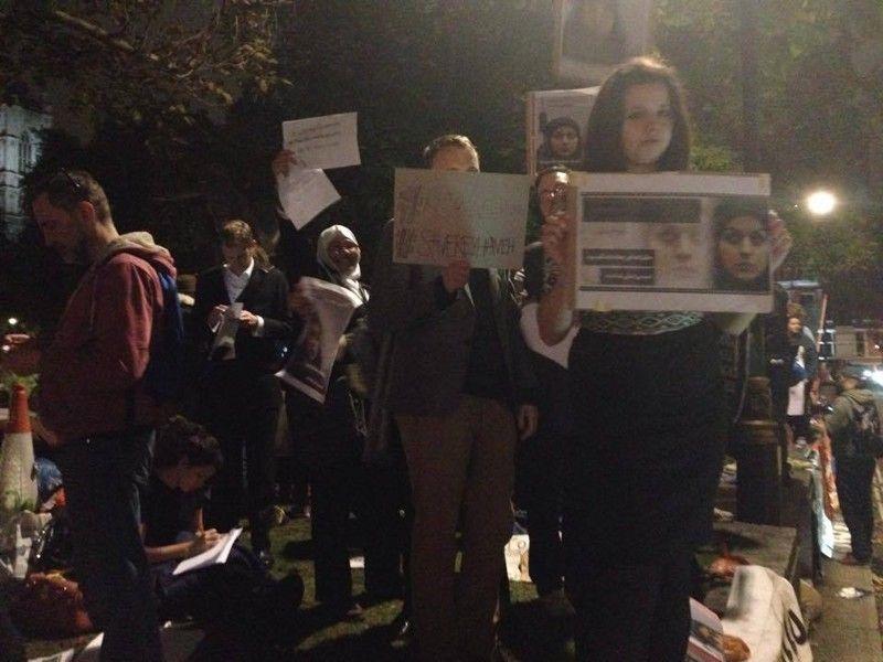 cms_1401/Reyhaneh_Jabbari_proteste_per_la_liberazione2.jpg