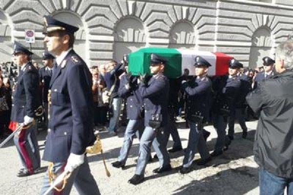 cms_14576/Trieste_funerali_Adn.jpg