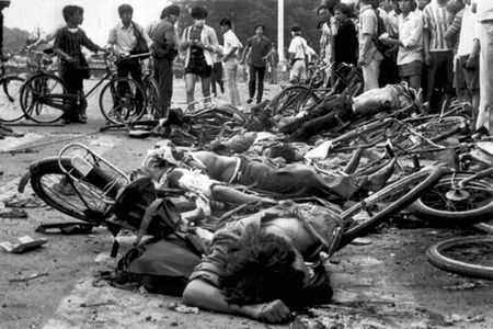 cms_1477/massacro_studenti_in_bicicletta.jpg