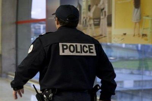 cms_15102/polizia_parigi_afp.jpg