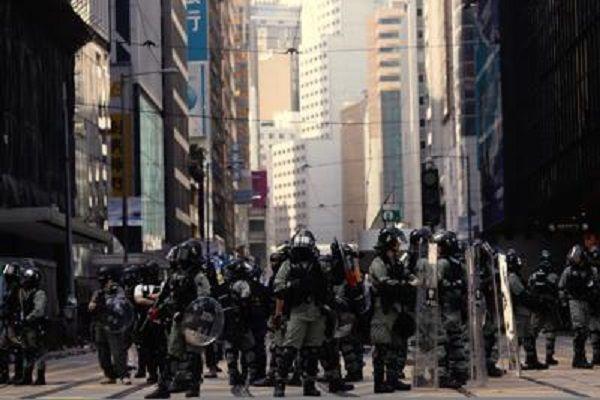 cms_15127/HongKong_proteste_ftg.jpg