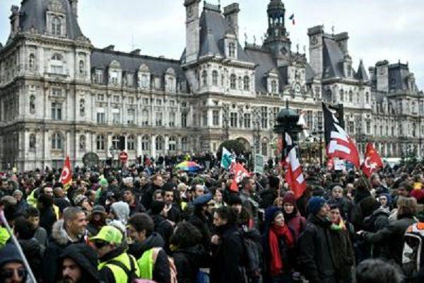 cms_15622/Francia_proteste_28_12_2019_Afp.jpg