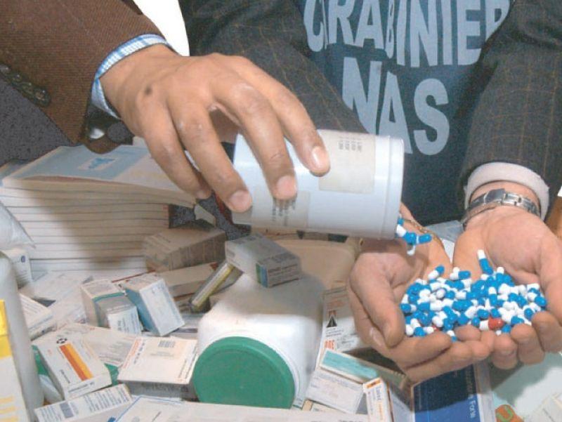 cms_1646/nas-medicinali-contraffatti.jpg