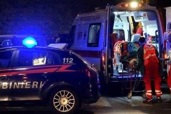 cms_18512/ambulanza-carabinieri-notte.jpg