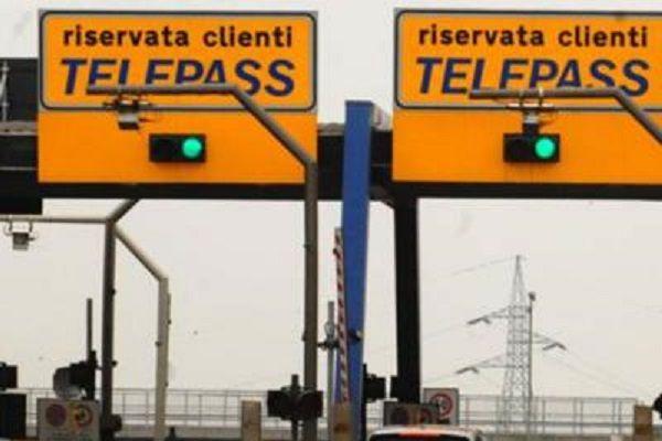 cms_18573/autostrada3_casello_fg-kvGD--1280x960@Web.jpg