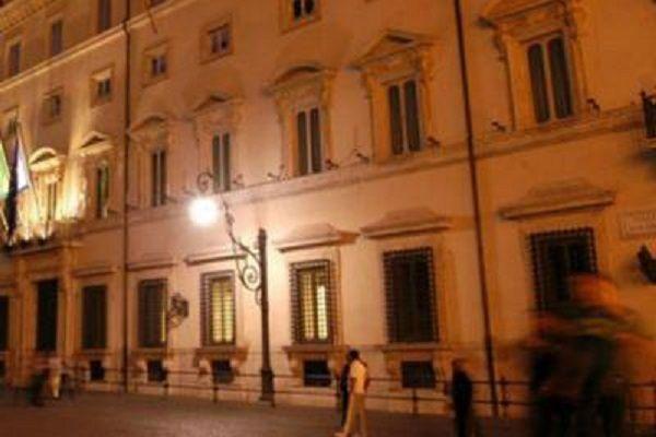 cms_19279/palazzo_chigi_sera_fg.jpg