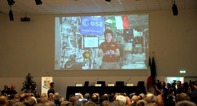 "cms_2219/Samantha_Cristoforetti,_è_intervenuta_al_convegno_""Space_for_Agriculture_and_Food.jpg"
