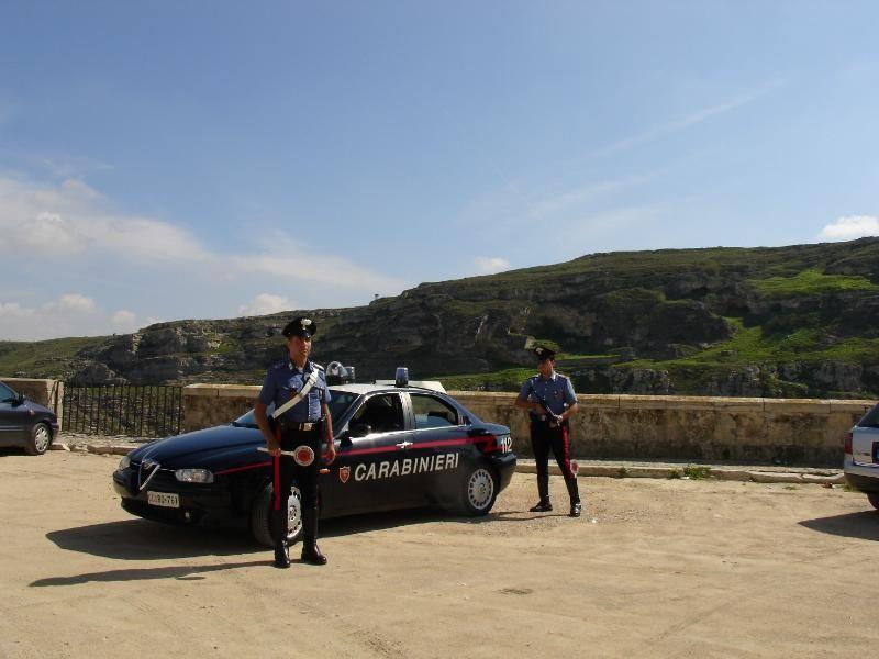 cms_223/carabinieri_-_posto_di_blocco_.jpg
