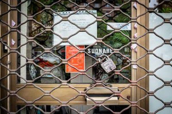 cms_17446/negozio_chiuso5_fg.jpg
