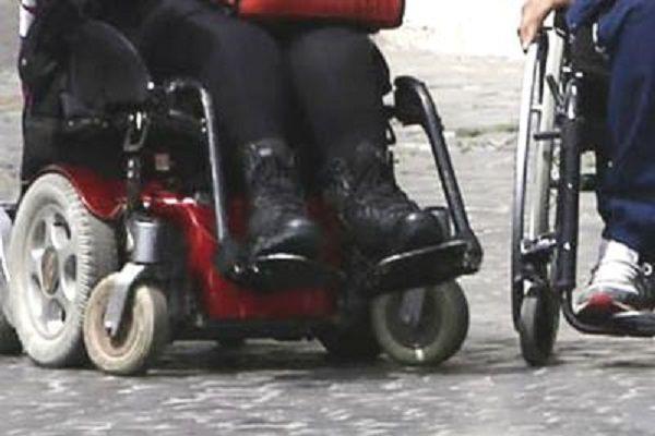 cms_18389/handicap_sedie_rotelle_invalidi_fg.jpg