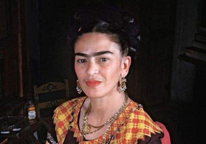 cms_18427/Frida-Kalho-1024x538.jpg