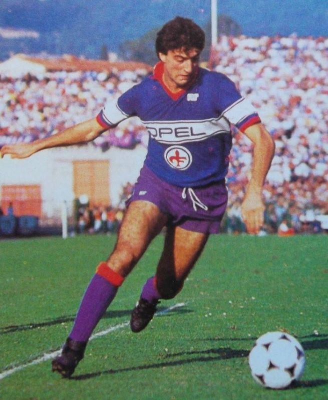 cms_18674/2_Paolo_Monelli_-_AC_Fiorentina_1984-85_it.jpg
