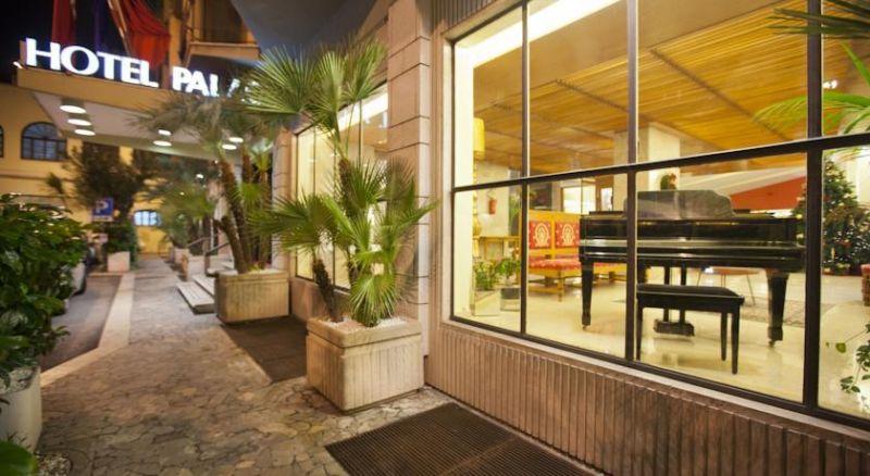 cms_2235/Palace-Hotel-Bari.jpeg